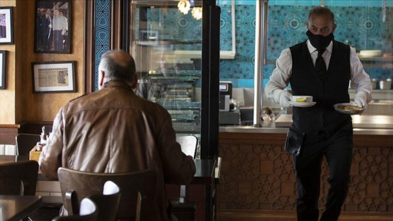 'Kafe, bar ve lokantalara girişte 2 doz aşı şartı olsun'