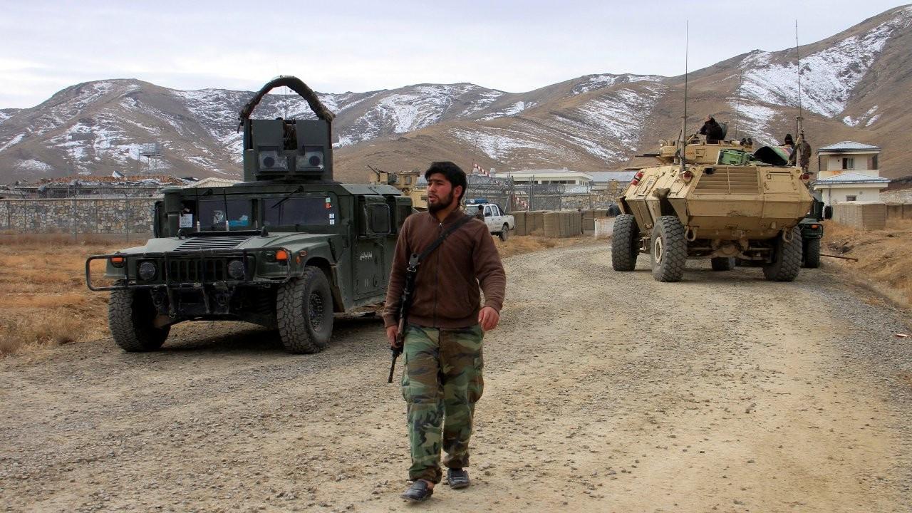 Afganistan'da bombalı araçla saldırı: 25 kişi öldü