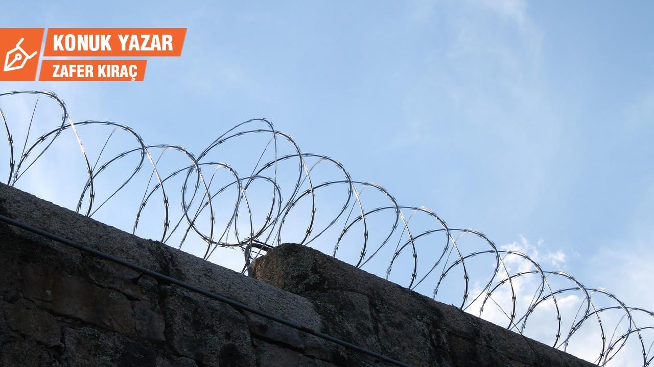 Türkiye'de işkence var!