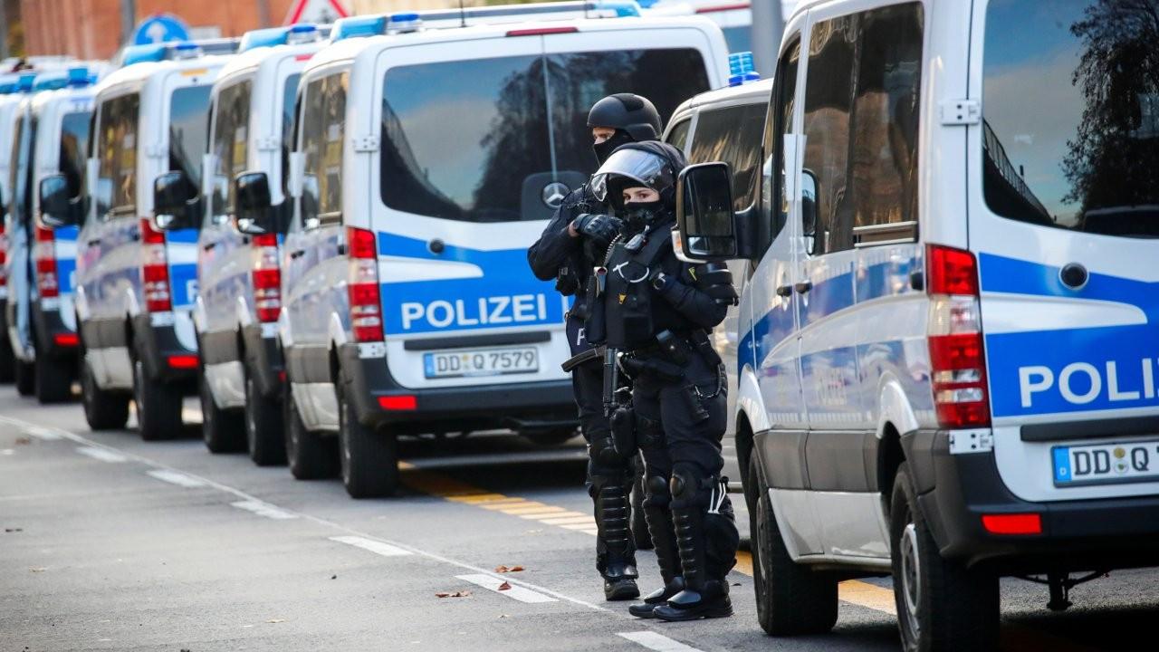 Almanya'da bir araç yaya yoluna daldı: 4 ölü, 15 yaralı