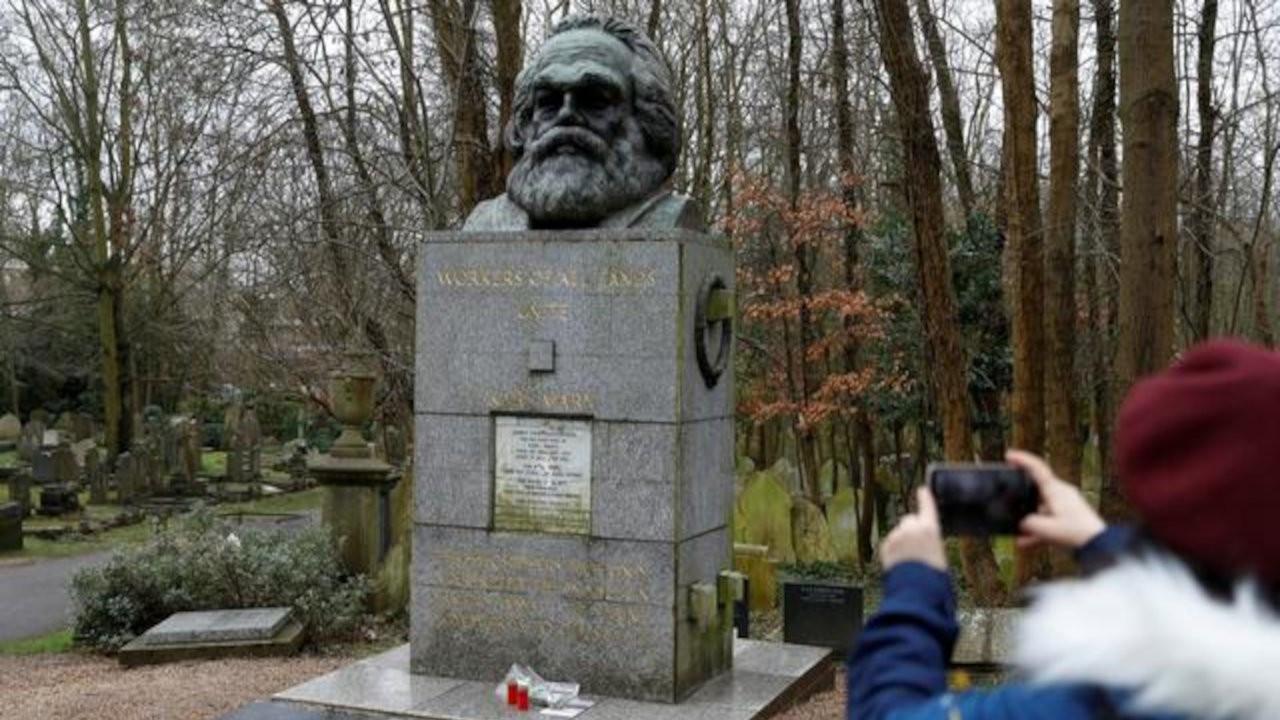 Marx'ın mezarı turizme açılıyor