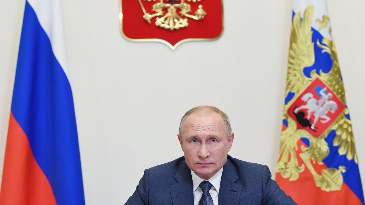 Putin talimat verdi: Rusya'da aşılama haftaya başlıyor