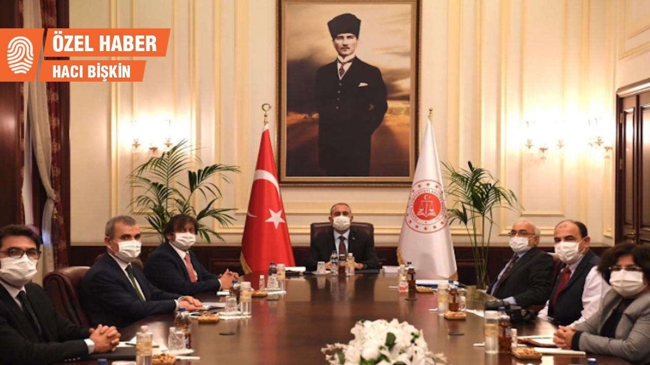 İHD, Bakan Gül'le görüştü: İmralı, hak ihlalleri, açlık grevleri