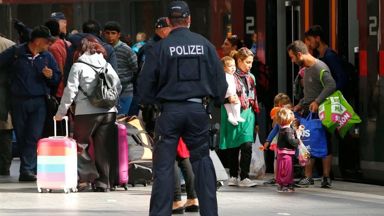 'Suçlu Suriyeliler Türkiye'nin kontrolündeki bölgelere gönderilsin'