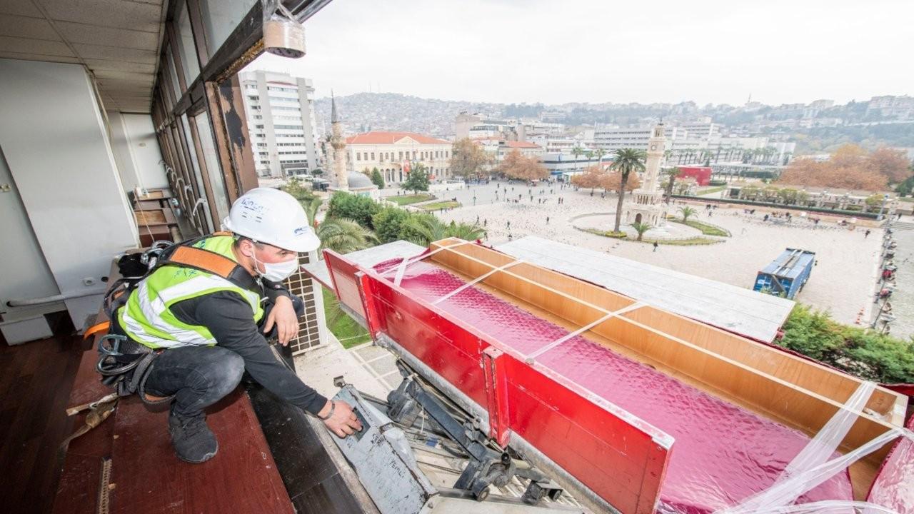 İzmir Büyükşehir Belediyesi taşınıyor