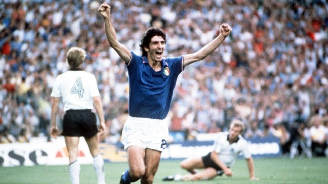 İtalya'nın efsanevi golcüsü Rossi öldü