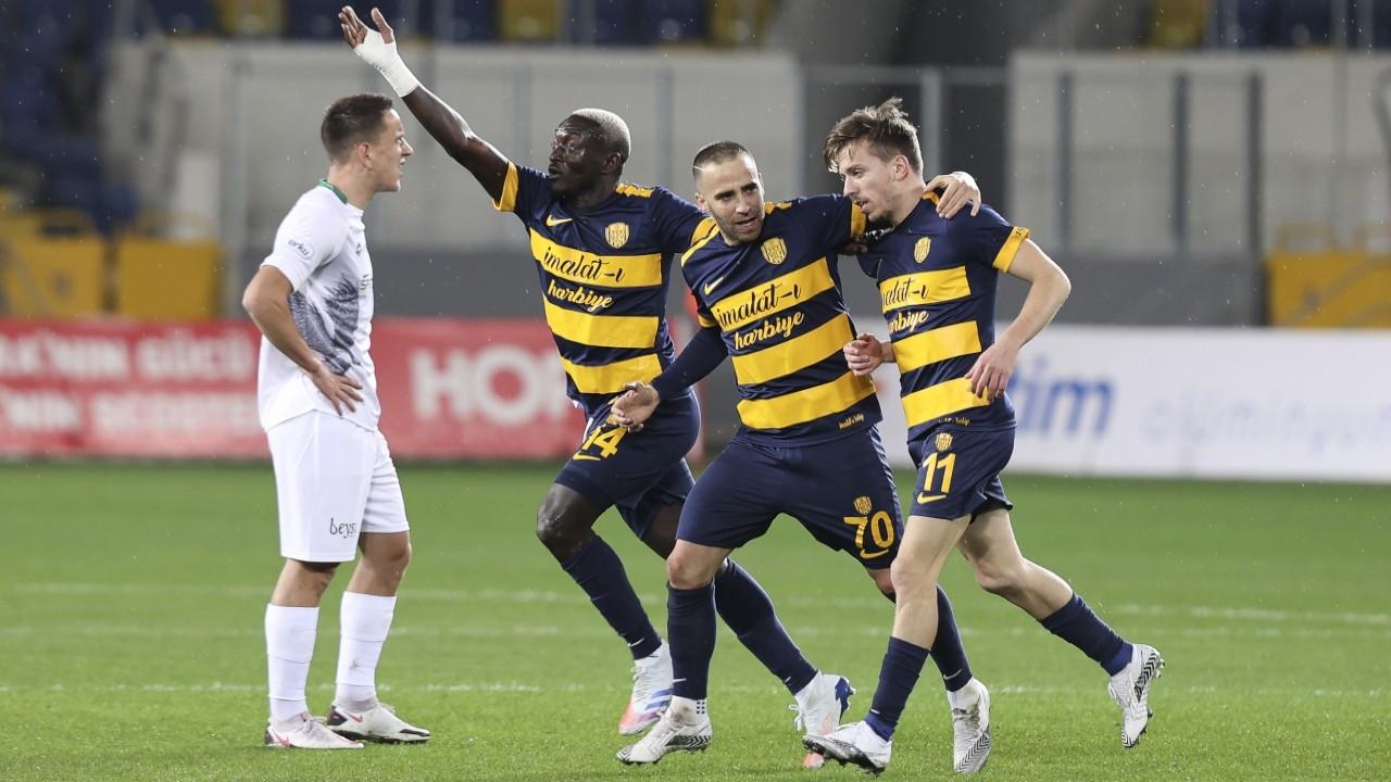 MKE Ankaragücü bu sezonki ilk galibiyetini aldı