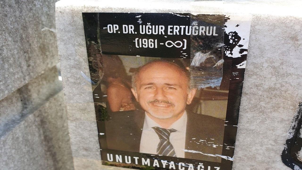 Koronadan vefat eden doktorun eşine bağlanan maaştan kesinti