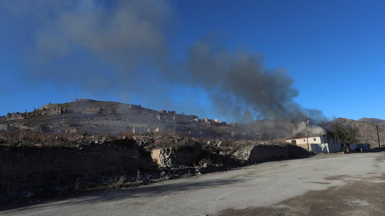 Guardian: Dağlık Karabağ'da kafası kesilen iki sivil teşhis edildi