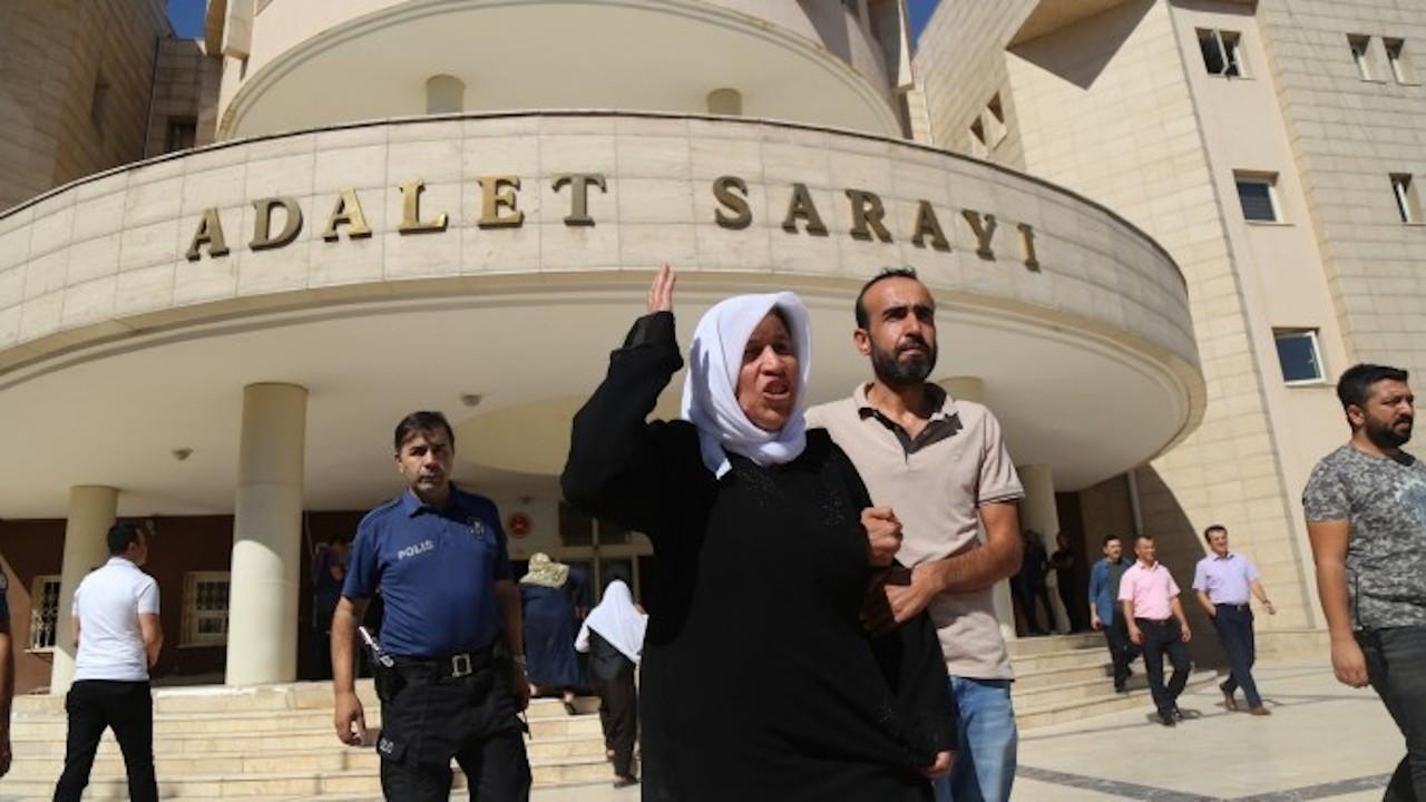 Emine Şenyaşar ve oğlu gözaltında