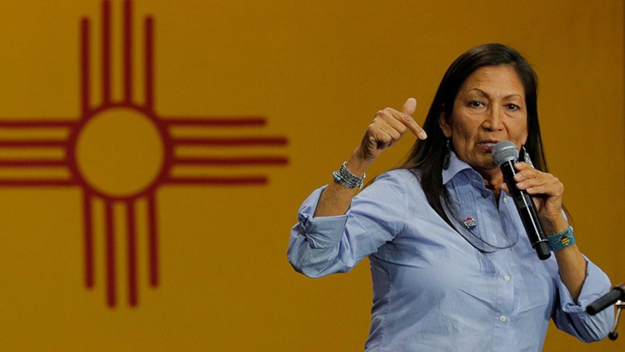 Biden, ABD'nin ilk Amerikan yerlisi bakanını aday göstermeyi planlıyor