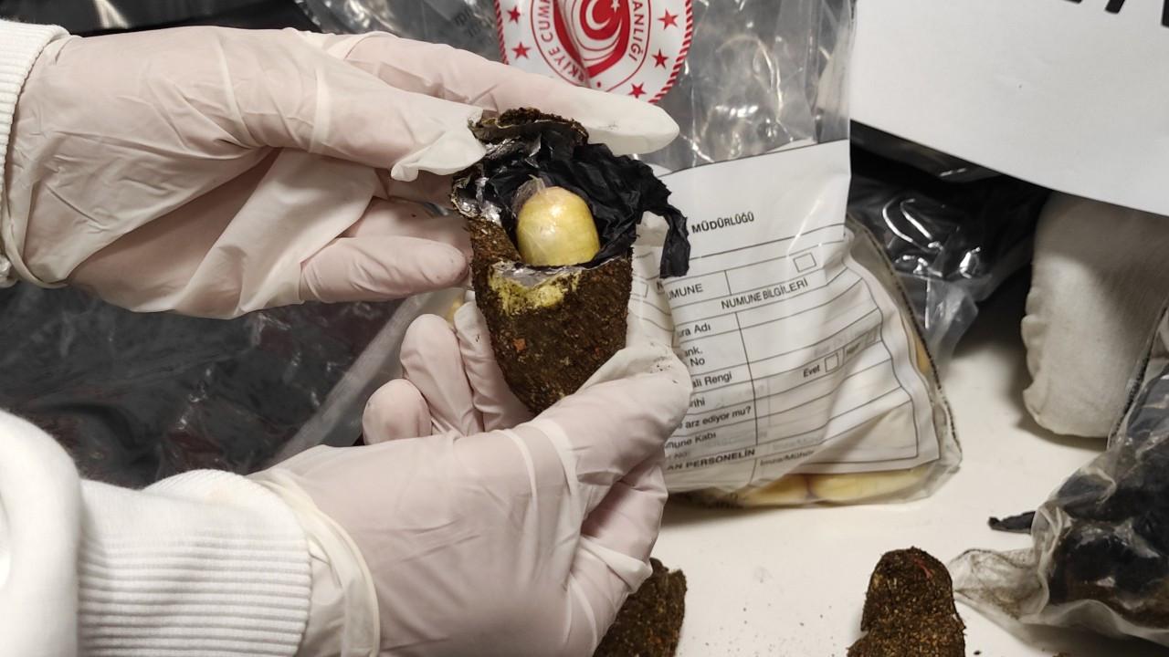 İstanbul Havalimanı'nda meyvenin içinde eroin bulundu