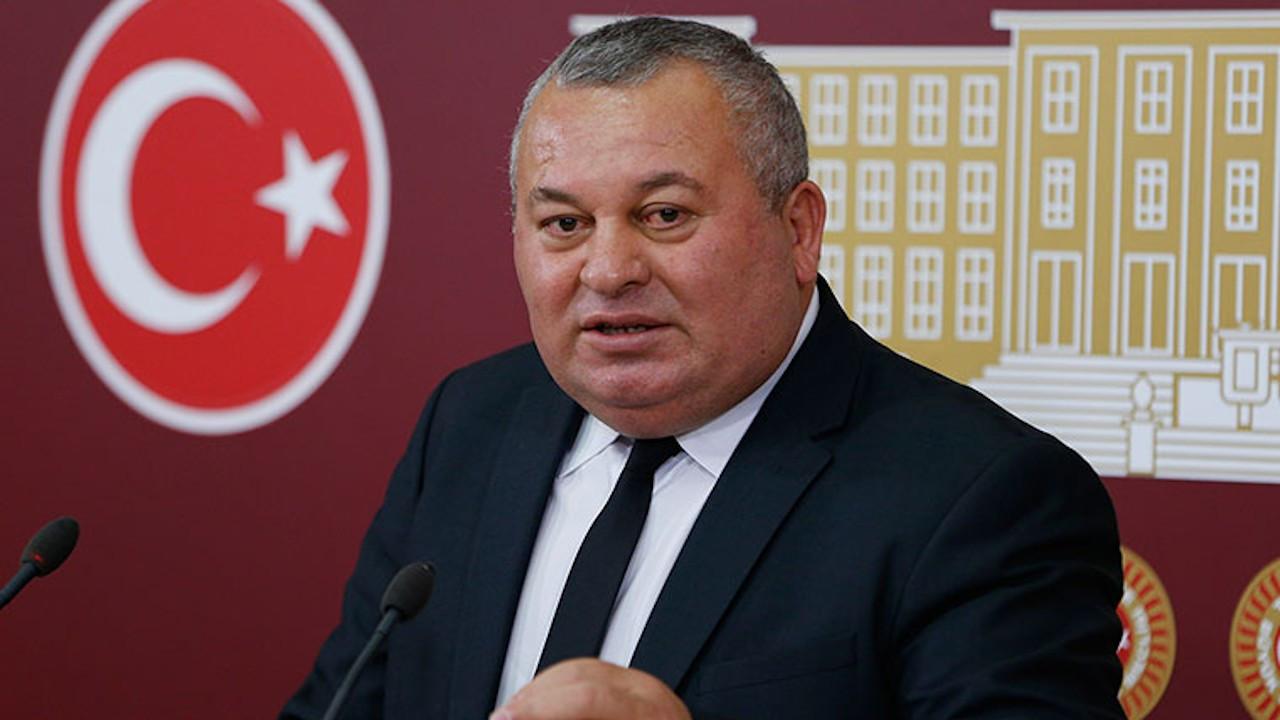 Enginyurt ironi yaptı: Erdoğan özel, her şeyin üstünde bir insan