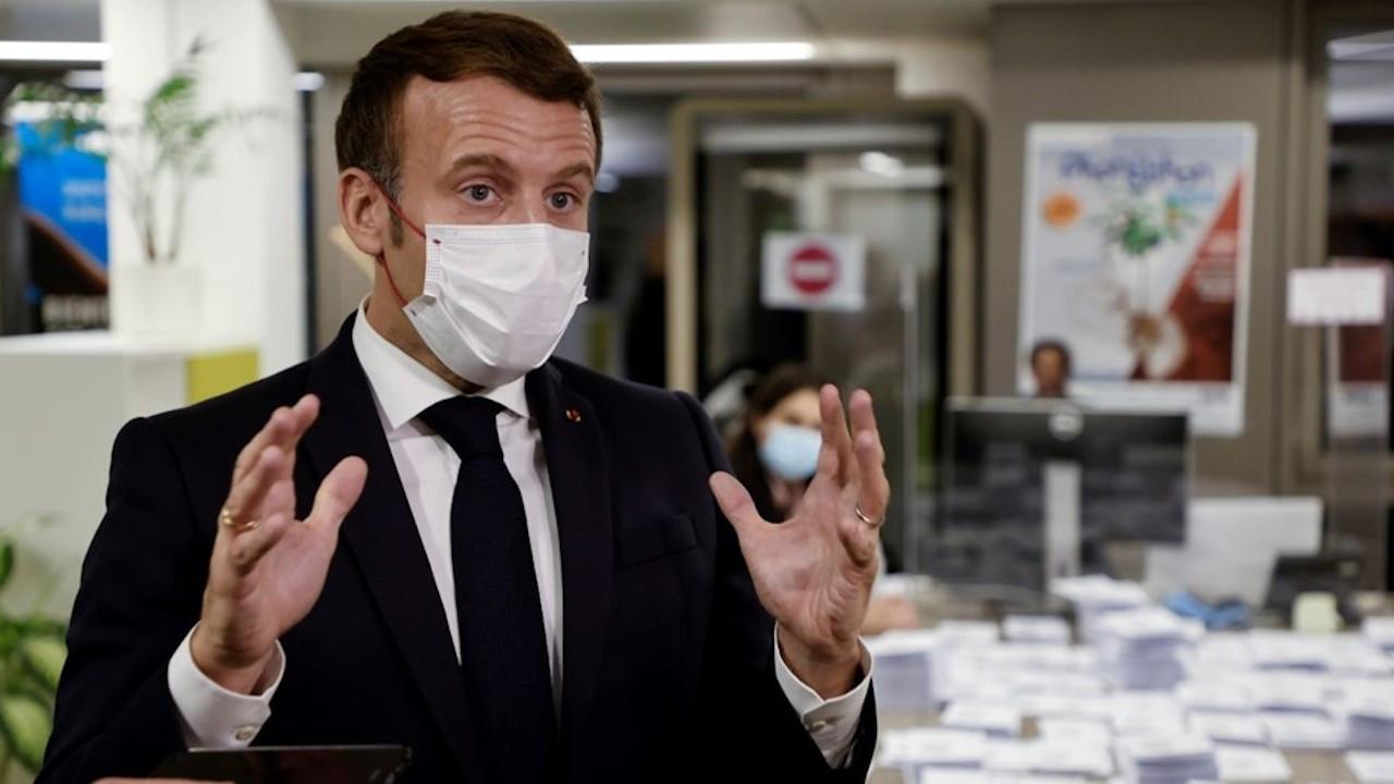 Macron'un saraydaki yemeğine katılanlara suç duyurusu