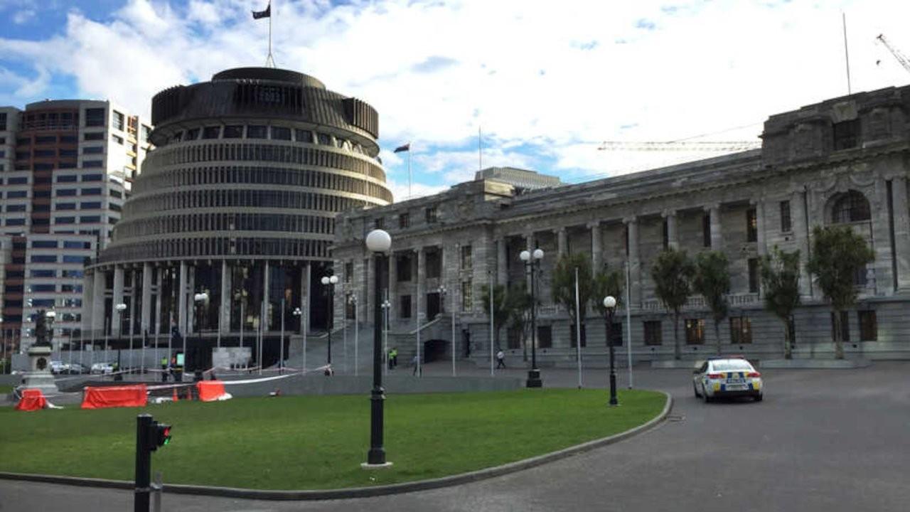 Yeni Zelanda'da başbakan ve milletvekili maaşlarına üç yıl zam yok