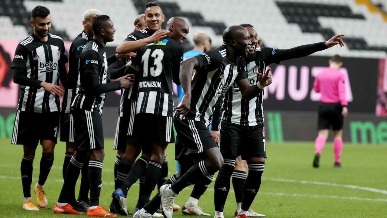 Beşiktaş'tan sahasında üst üste dördüncü galibiyet: 4-0