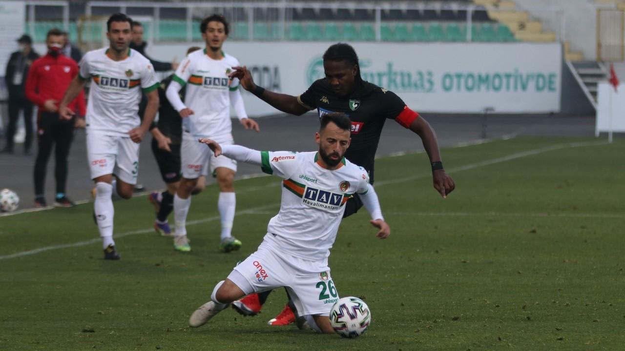 Lider Alanyaspor Denizli'den 1-0 mağlup ayrıldı