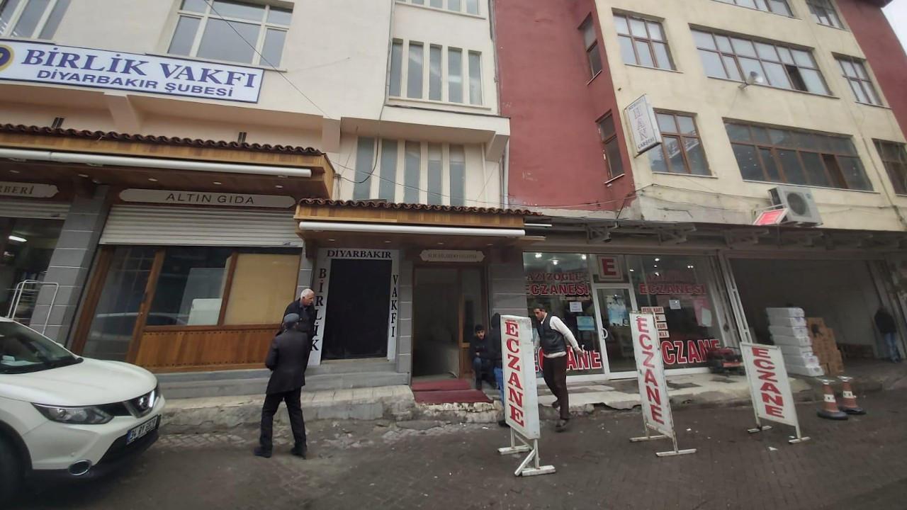 Mehmethan Pasajı esnafı: İş yerlerimizi bize satın