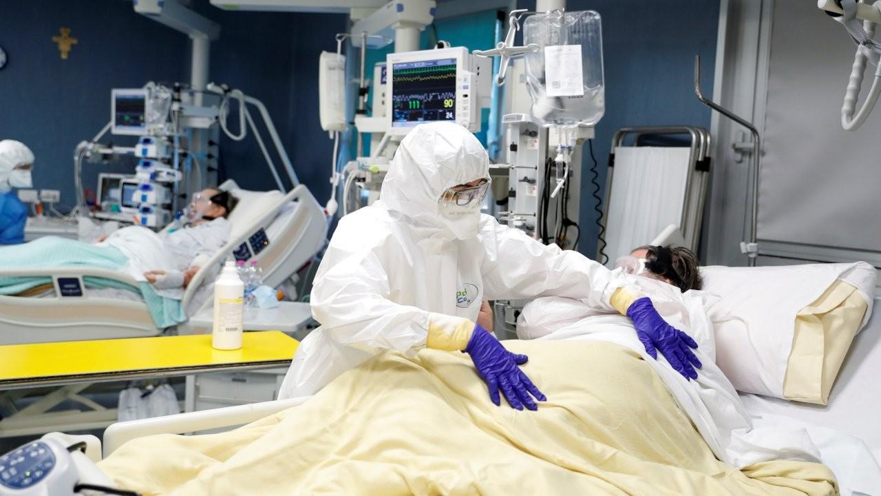 'İtalyan doktor yoğun bakımda yer açmak için iki hastayı öldürdü'