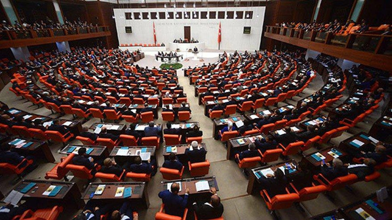 CHP'nin asgari ücret teklifi Meclis'te: 3 bin 100 TL olsun