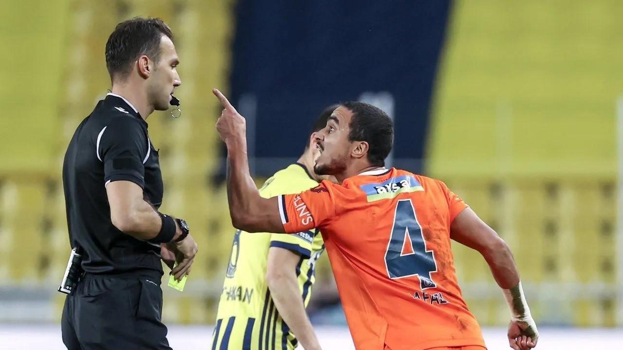 PFDK, Rafael'in kırmızı kart cezasını iptal etti