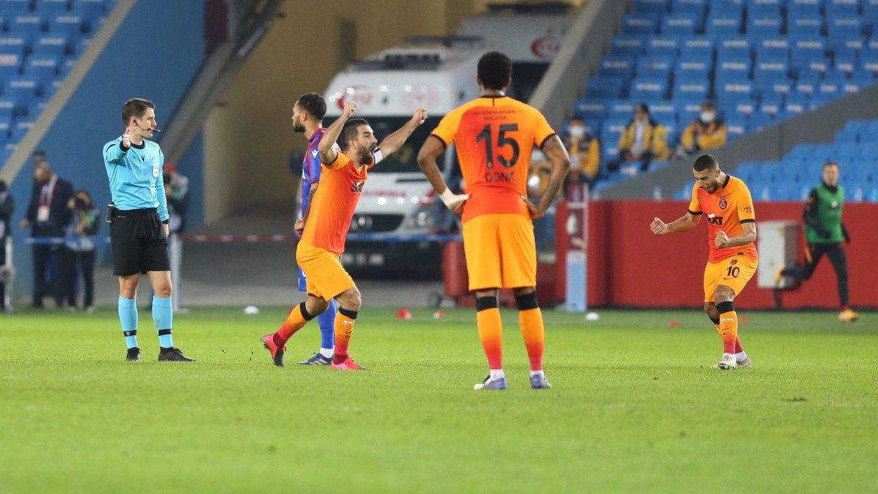 Galatasaray, Trabzonspor'u mağlup etti