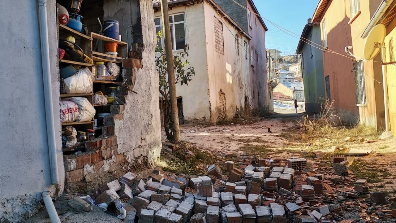 Elazığ'da 5,3 büyüklüğünde deprem