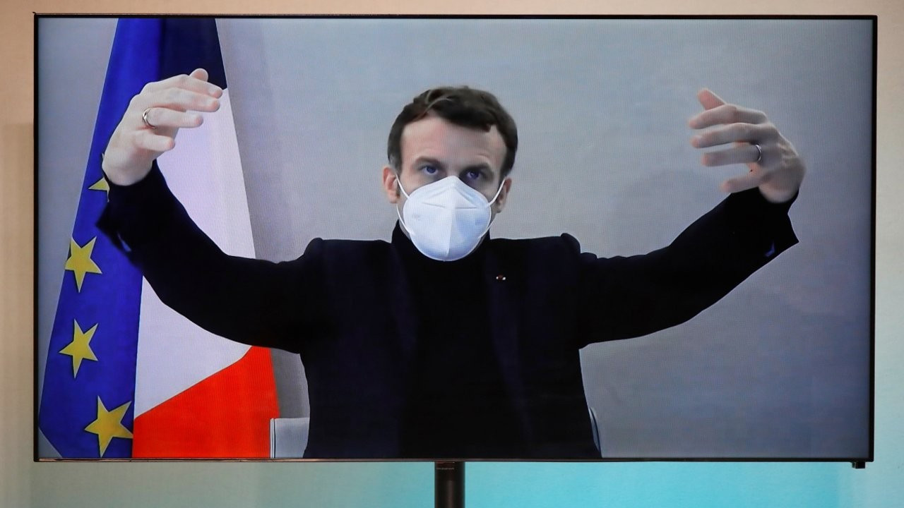 Macron'dan aşı karşıtlarına: Biz Aydınlanma'nın ve Pastör'ün ülkesiyiz