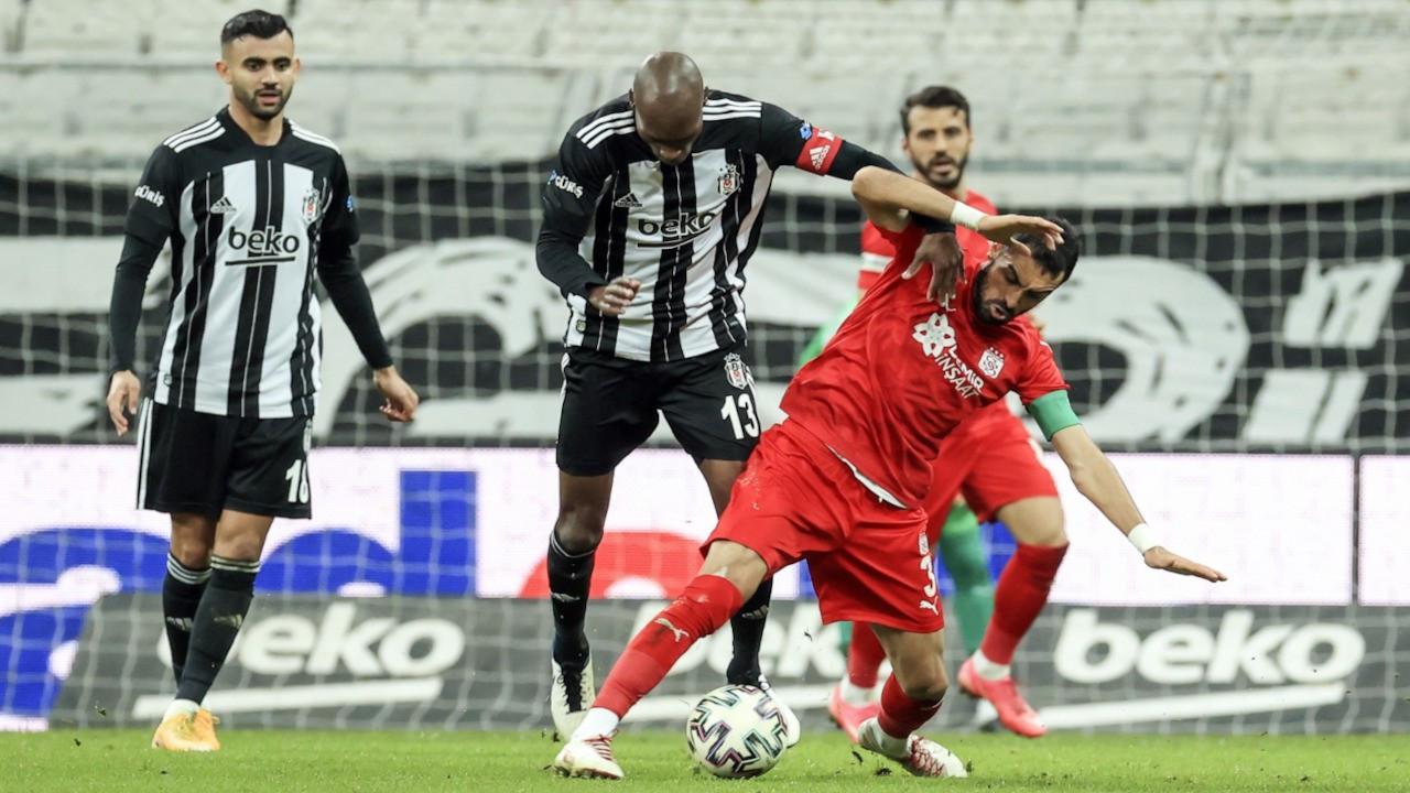 Oğuzhan 1 yıl sonra gol attı,  Beşiktaş Sivasspor'u geçti