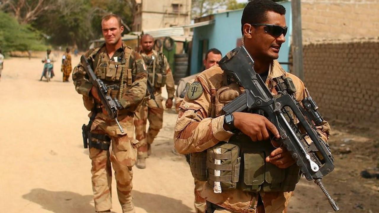 Mali'de 3 Fransız askeri öldürüldü