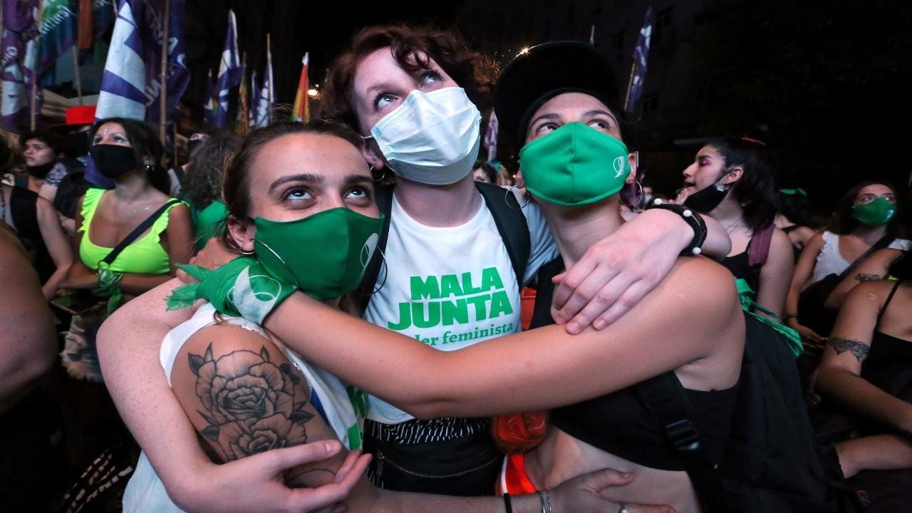 Koyu Katolik Arjantin'de tarihi karar: Kürtaj hakkı yasallaştı