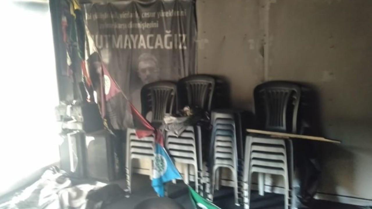 HDP'ye saldırı: İnegöl ilçe binası kundaklandı