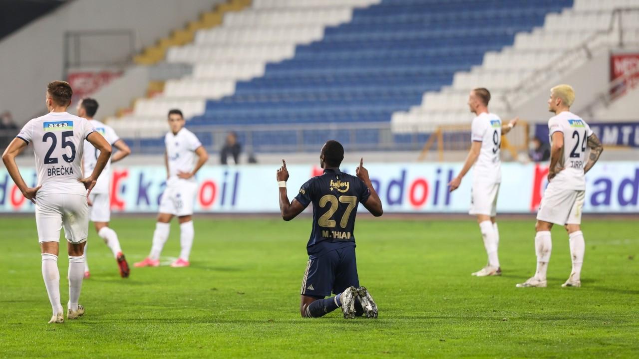 Fenerbahçe, Kasımpaşa'yı farklı yendi: 3-0