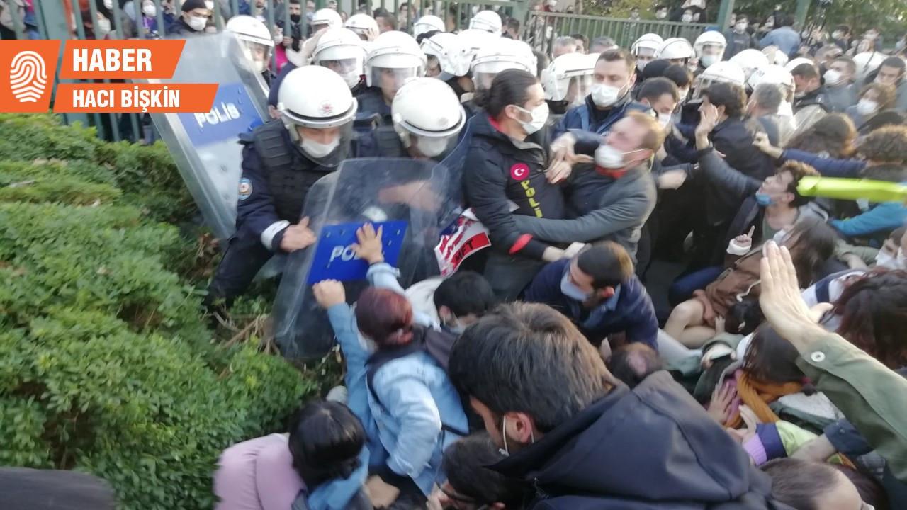 Boğaziçi'nde öğrencilere polis saldırdı