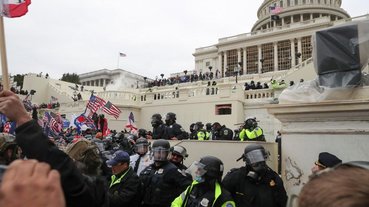 ABD'de kaos: Trump destekçileri Kongre binasına girdi