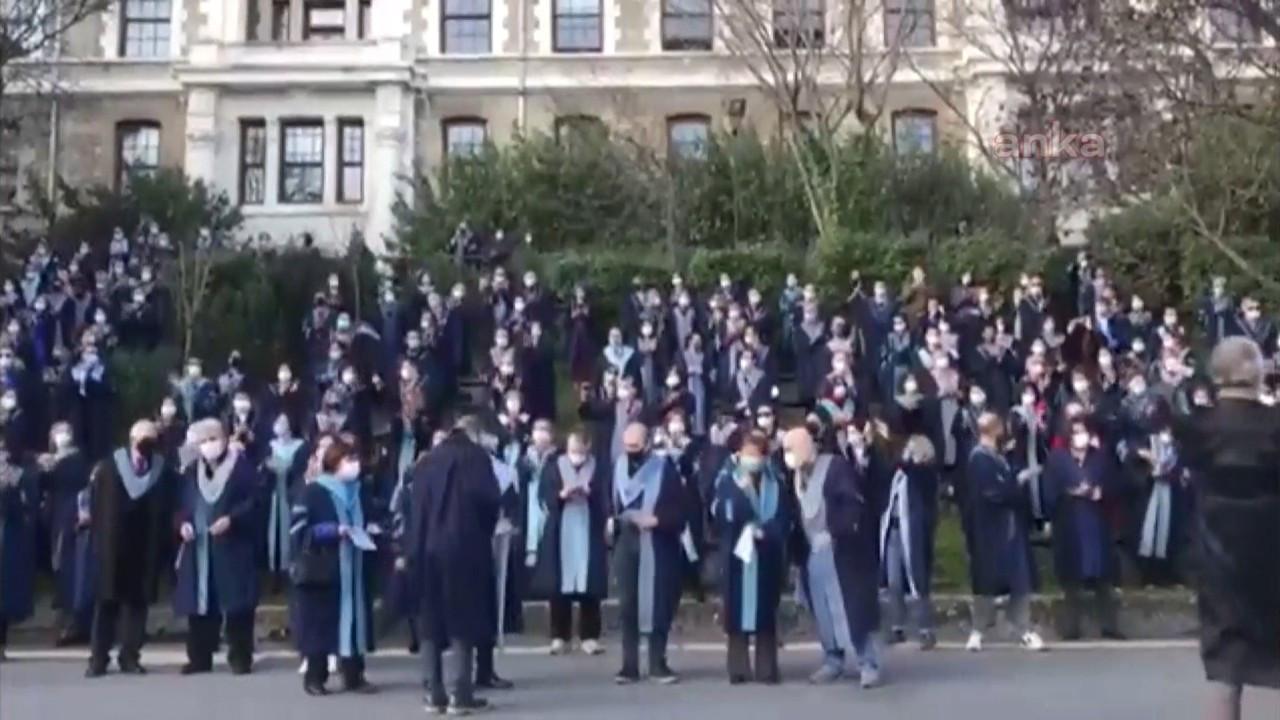 Boğaziçi Üniversitesi'ne rektör atamasına tepki: Akademisyenler rektörlüğe sırtını döndü