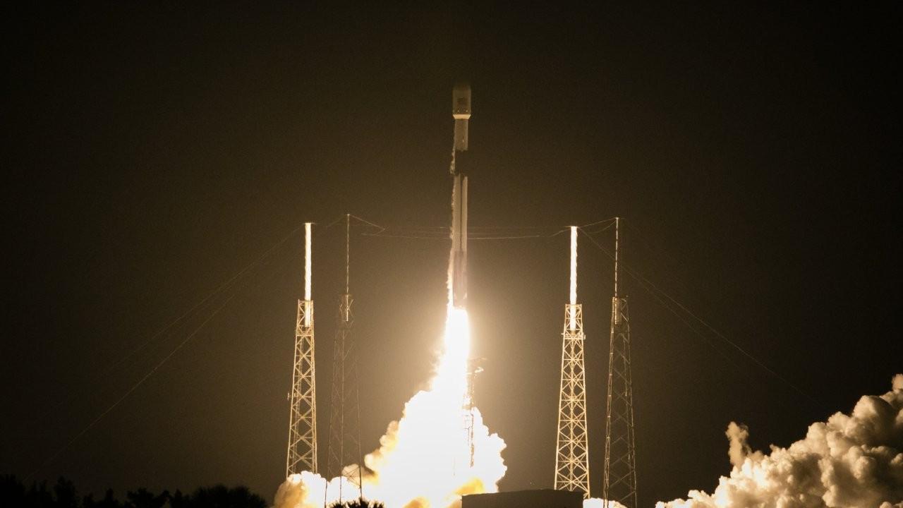 Türksat 5A uydusu Space X firmasıyla uzaya fırlatıldı