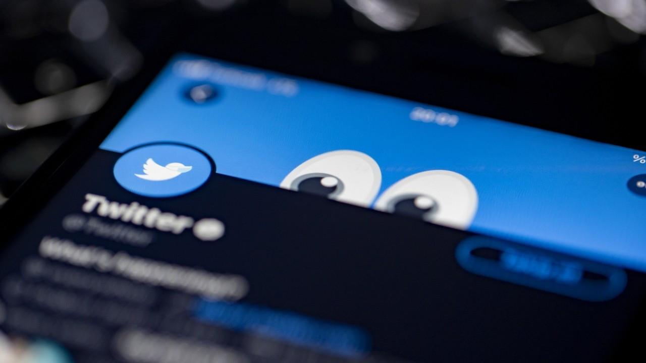 Twitter, Trump'ı taklit eden Fransız vekilin hesabını askıya aldı
