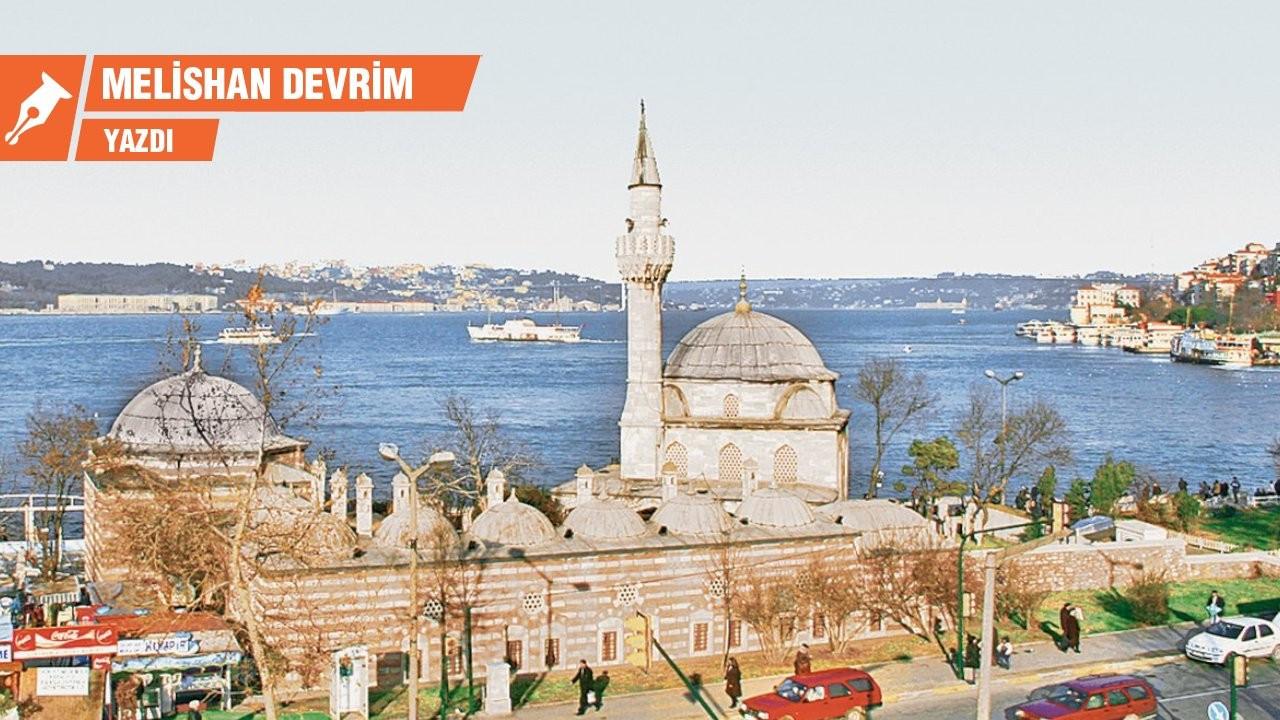 Atatürk'ün emriyle onarılan Şemsi Paşa Camisi