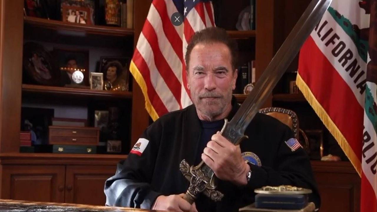 Schwarzenegger'den Kongre baskınına Kristallnacht benzetmesi