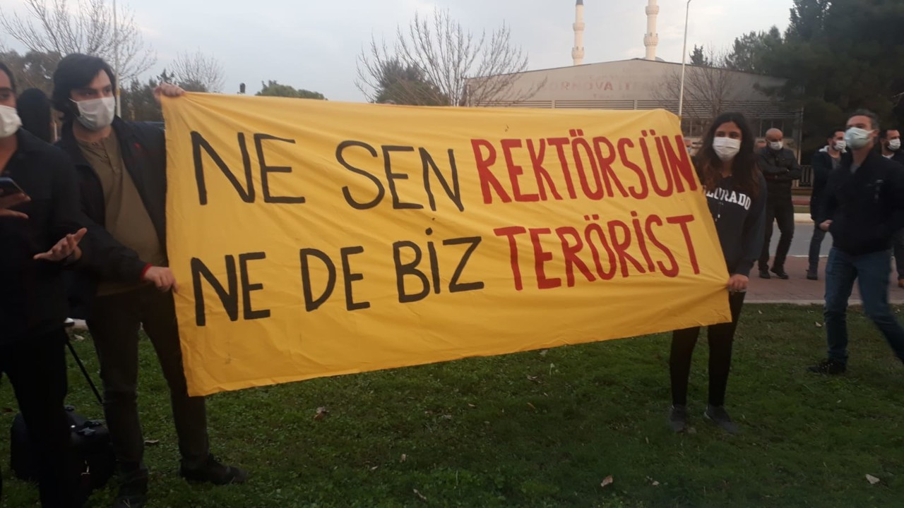 İzmir'den Boğaziçi'ne dayanışma mesajı