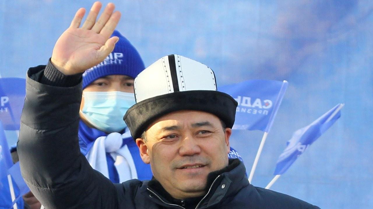 Kırgızistan cumhurbaşkanlığı seçimlerini Caparov kazandı