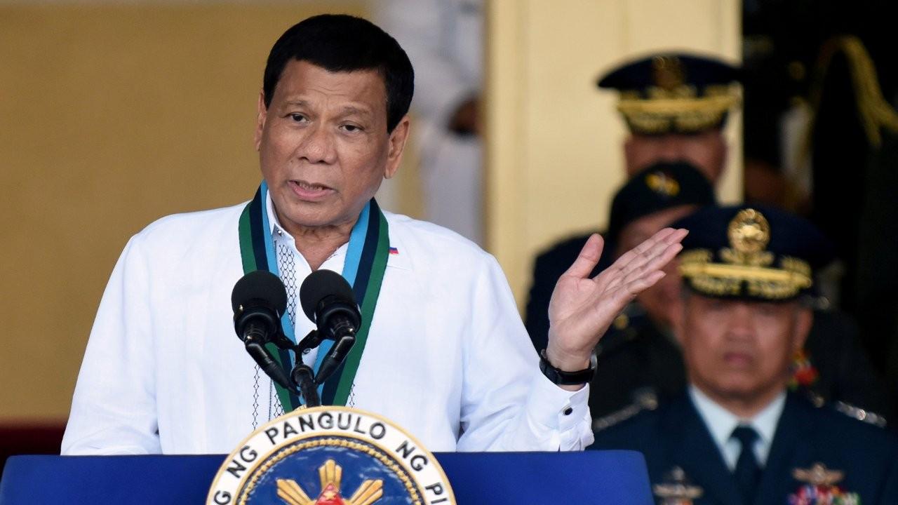 Duterte Çin aşısını savundu: Çinliler beyinsiz değil, akıllı