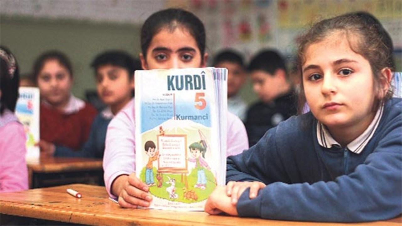 'Yaşayan diller için öğretmenler sorumluluk almalı'