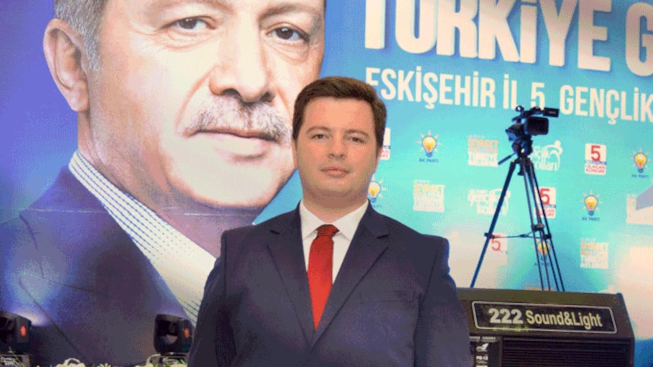 AK Parti Gençlik Kolları Başkanı, sağlıkçı statüsüyle aşı yaptırdı
