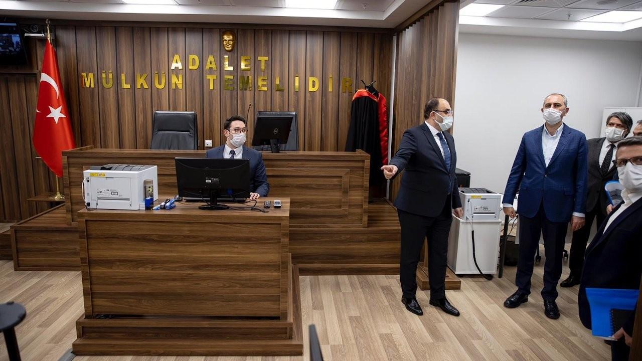 Gül'ü mutlu eden 'yargı reformu': Havalimanında 7/24 adliye