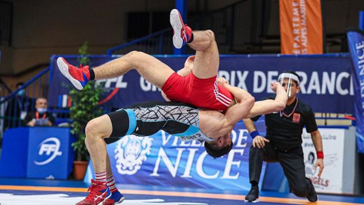 Güreş Milli Takımı, Fransa'da şampiyon oldu