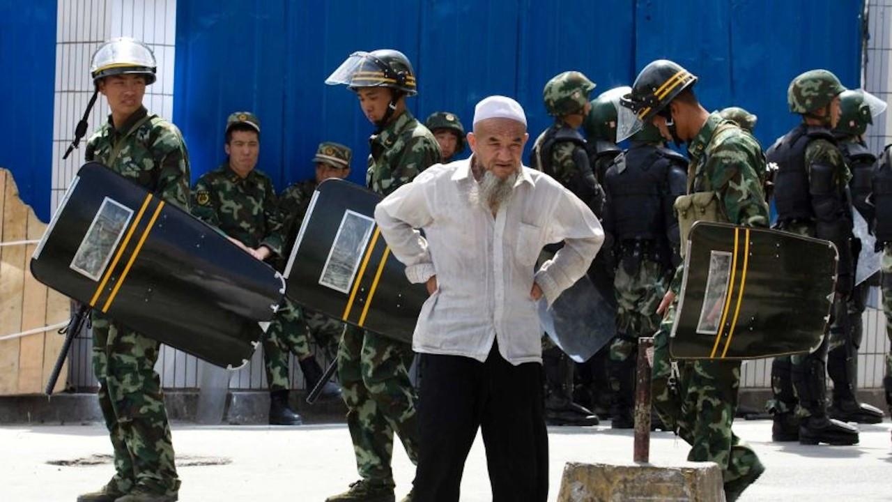 ABD Çin'i Uygur Türklerine 'soykırım' yapmakla suçladı