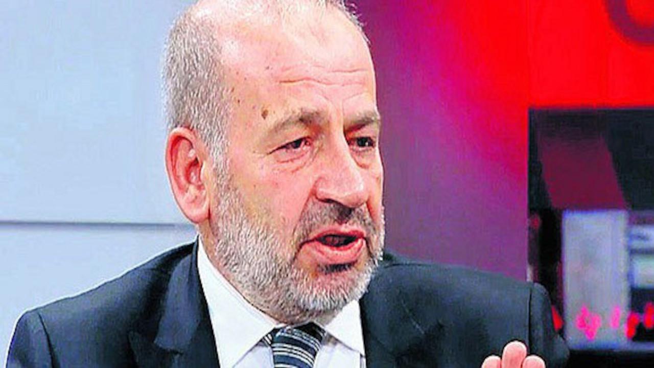 Prof. Özgenç'in iddiası: Başörtülü bir vekil sınavda torpil istedi