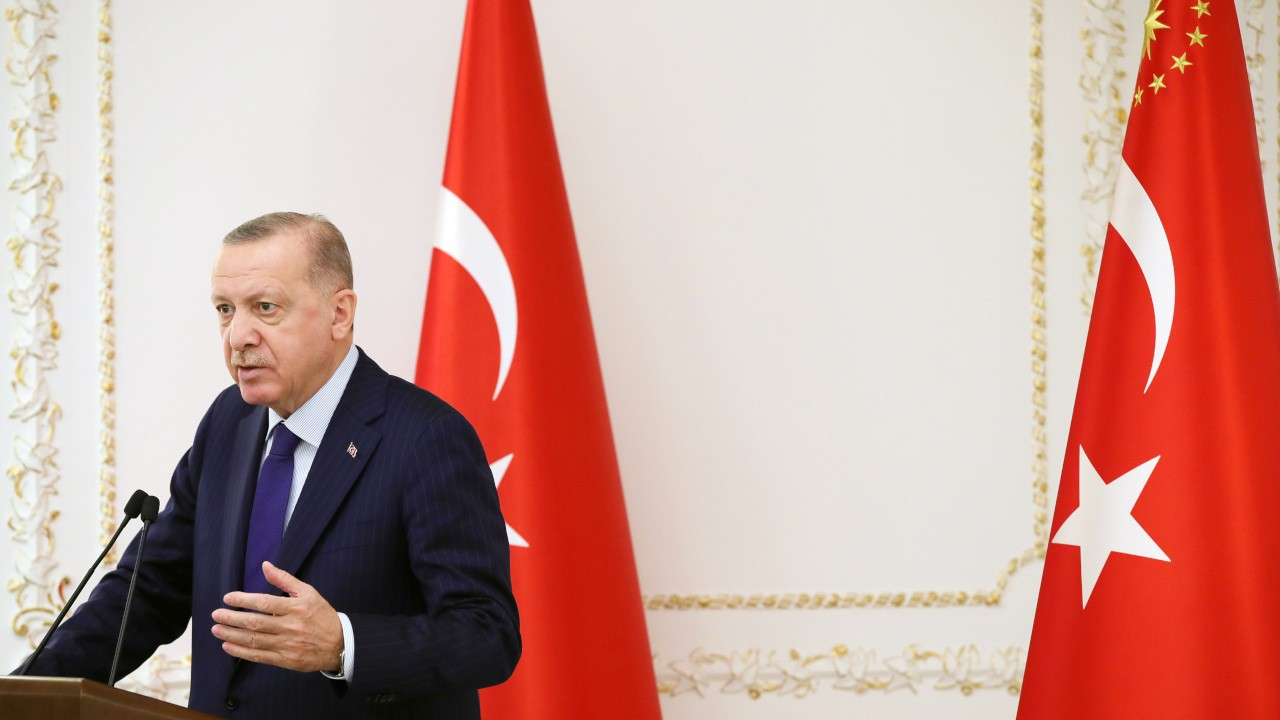 Erdoğan: Bizim arkadaşlar kızıyor ama yüksek faize karşıyım